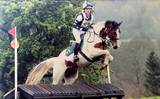 Bottle Green and White XC colours including baselayer, polo, saddle cloth and hat cover