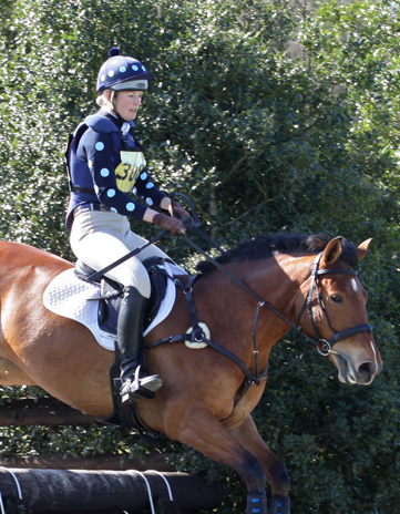 Easily spotted navy and white xc colours from Kegworth